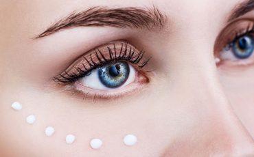 zasady pielęgnacji skóry pod oczami